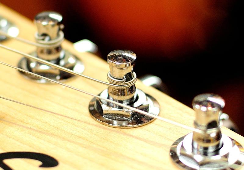 ギター弦 ペグに巻く巻き数