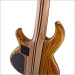 スルーネックタイプのエレキギター・ベースの構造と特徴